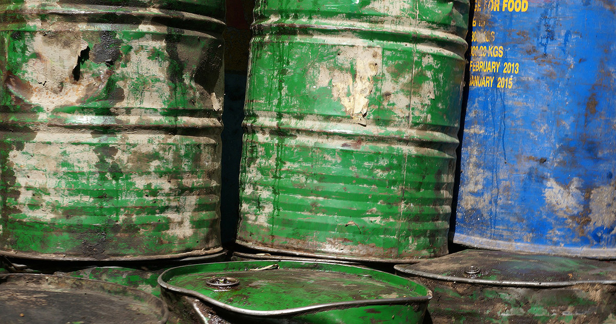 Picture of oil barrels