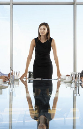 Valuable LinkedIn Tips for Female Managers