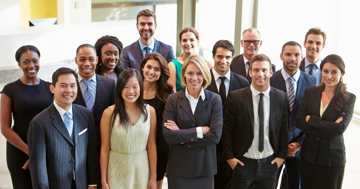 Picture of a group MBA students