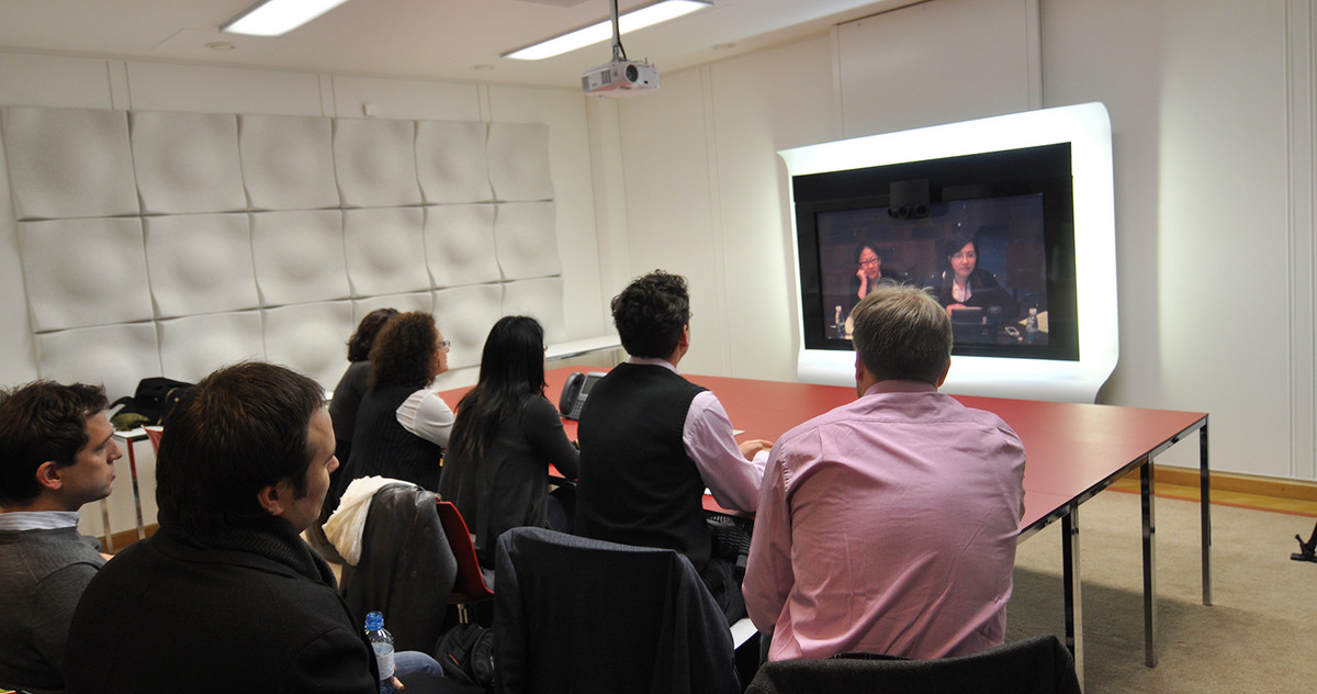 Pic of the telepresence room for MBA students