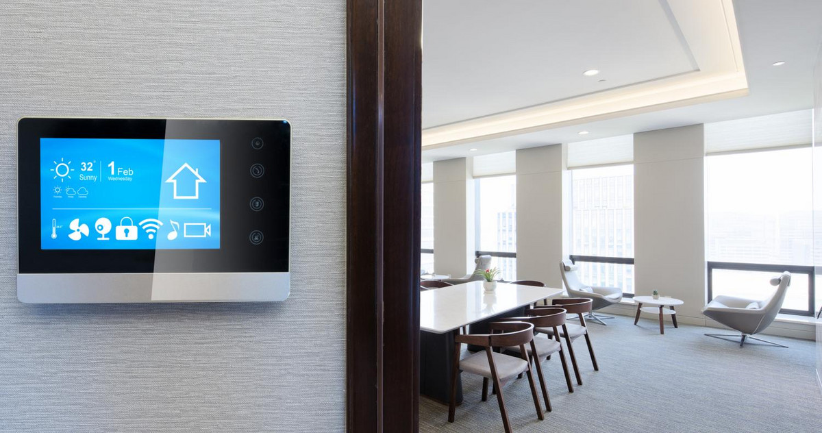 Picture of a smart thermostat